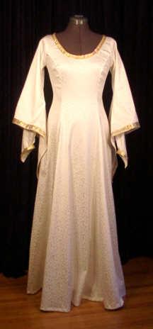 Panné Cotehardie Wedding Gown