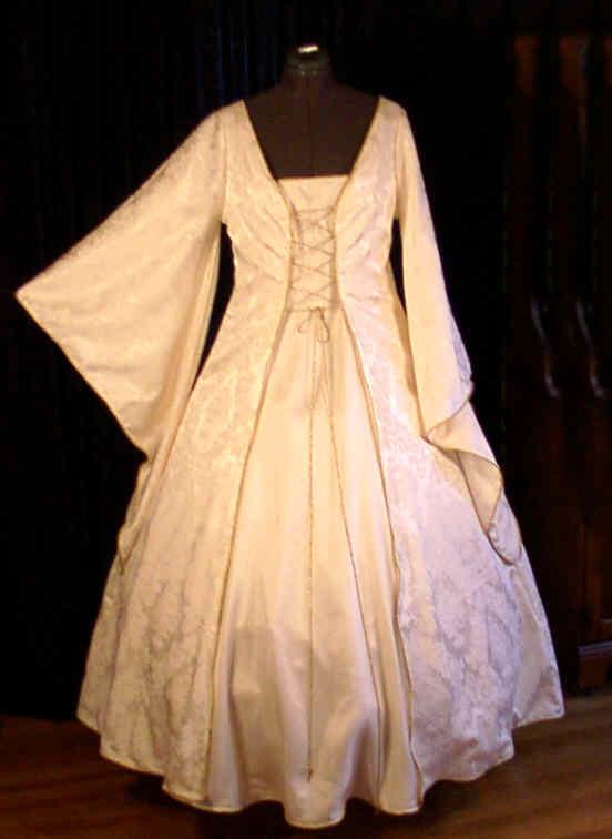Princess tudor wedding gown for Tudor style wedding dress